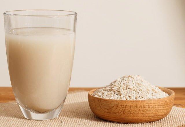 Pirinç Sütü İle Yağ Yakımının 3 Günde Etkisini Gösterdiğini Görünce Şaşıracaksınız.. 1